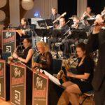 Big Band spielt bei Hochzeit